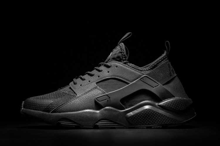 Nike Air Huarache Run Ultra Breathe Scarpe Uomo e Donna
